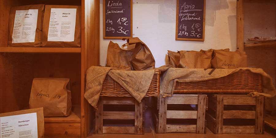Lebensmittel aus eigener Landwirtschaft im Hoflädchen Ochsenschläger in Biblis-Wattenheim