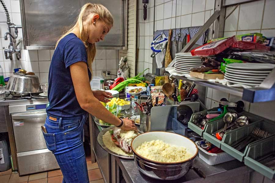 In der Küche der Goldenen Nudel