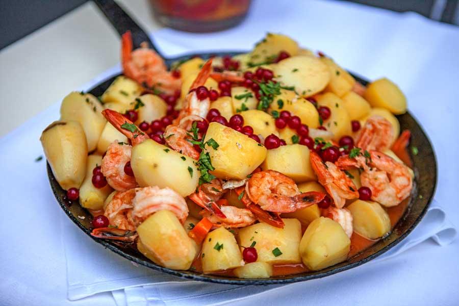 Garnelen und Kartoffeln