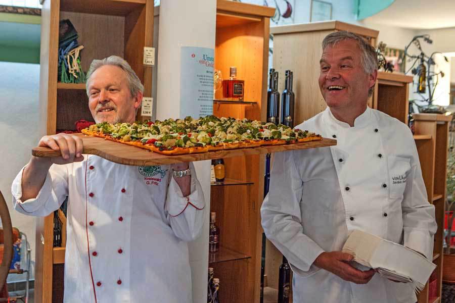 Odenwald Gasthaus Pizza zur Präsentation der Odenwald Gasthaus Wein Edition