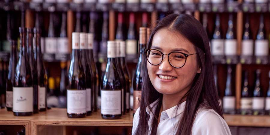 Geunhye York im vinocentral