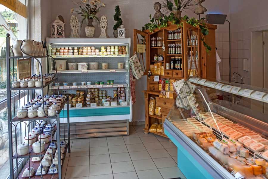 Im Landlädchen der Odenwälder Kochkäserei