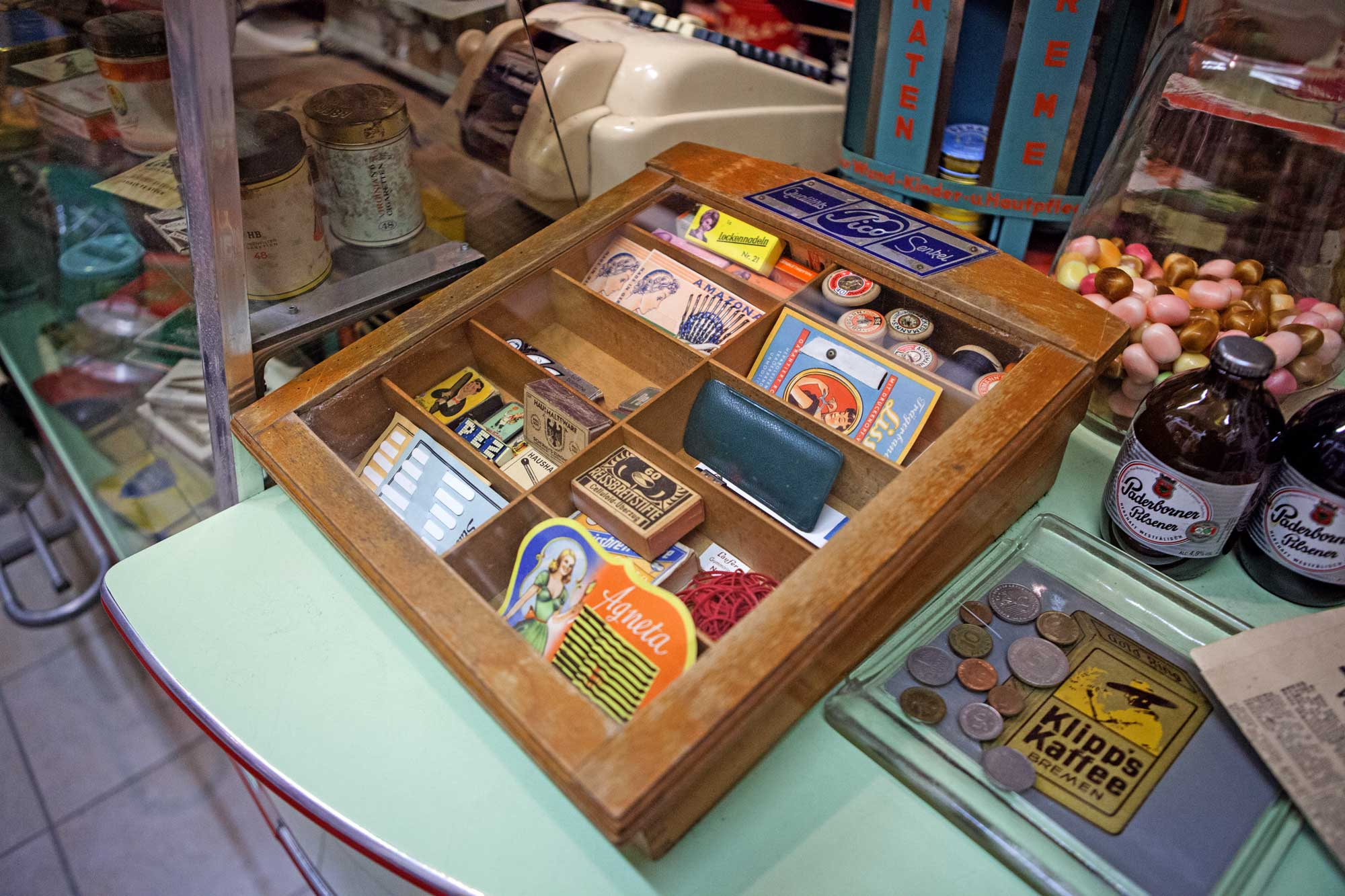 Kleines Museum für alte Läden und Reklame